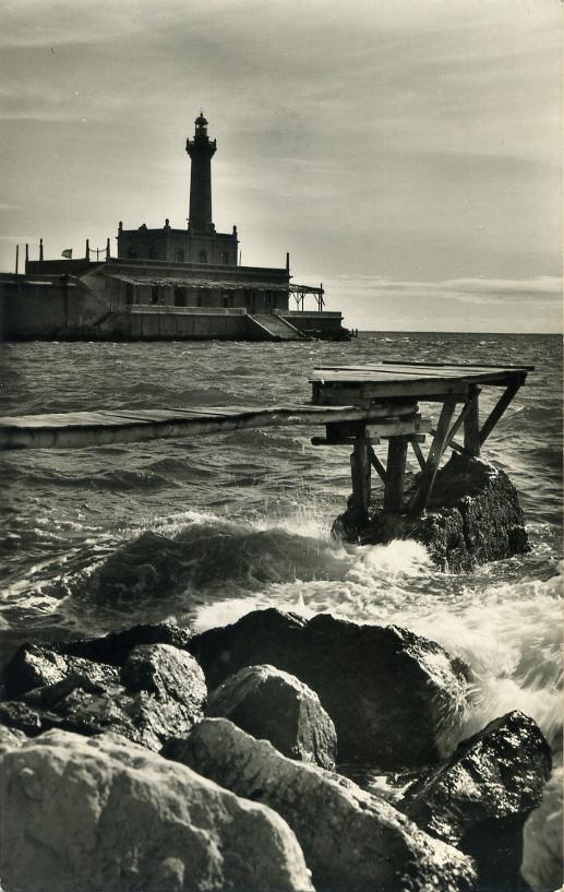 Lighthouses of spain catalonia the lighthouse and an article in spanish pdf document describes the history and characteristics of the lighthouse fandeluxe Gallery